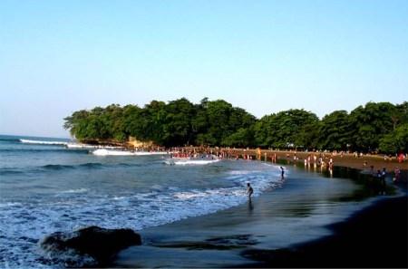 Pantai Batu Karas2